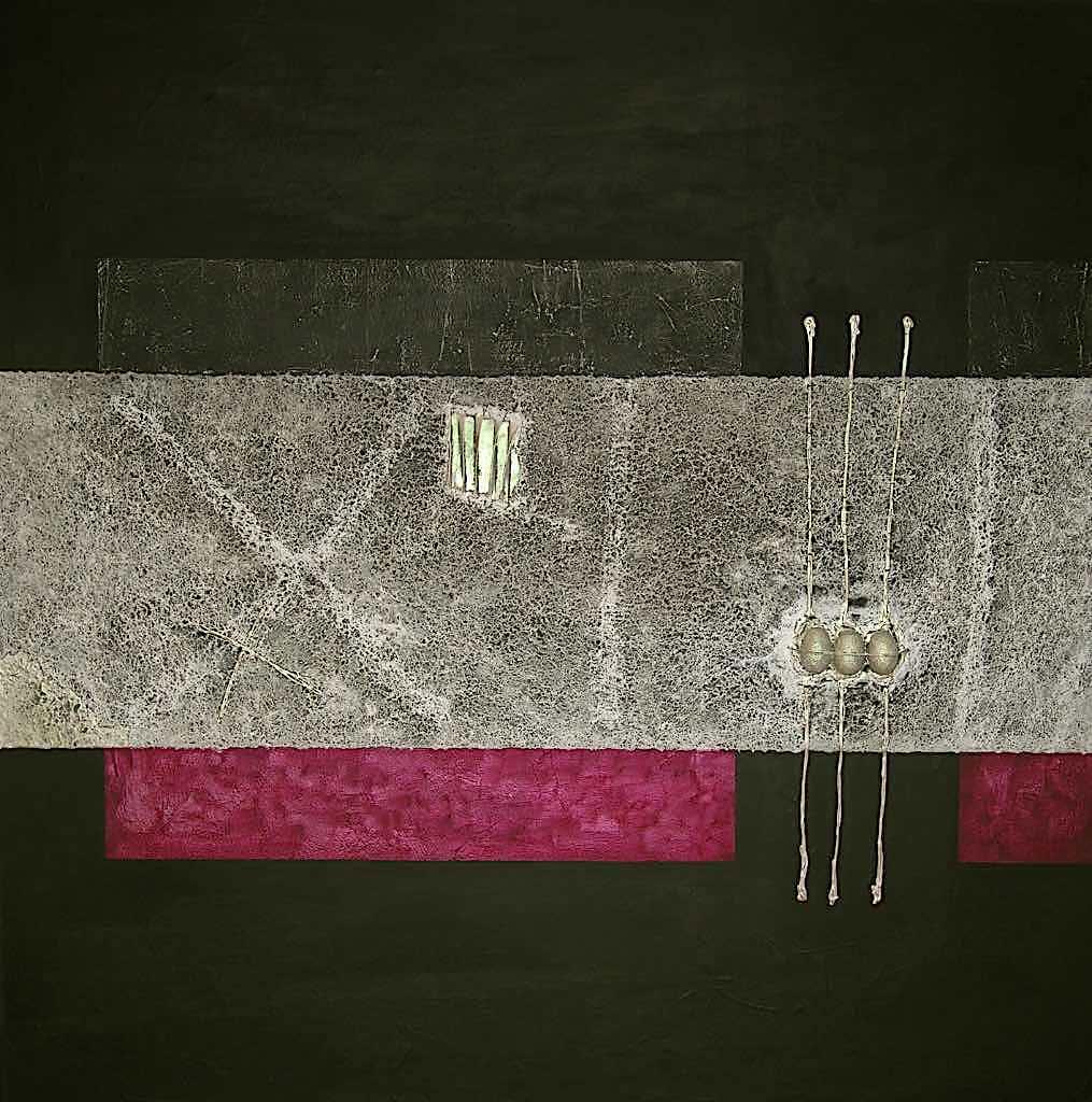Memoria di luce/Nel segno del 3, 2006, preparazione materica e acrilico su tela, cm. 150x150x4,5